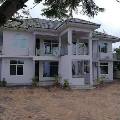 3 bed room house for rent at salasala image 1