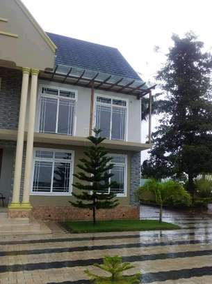 4 Bdrm House for Rent in kunduch Beach. image 2