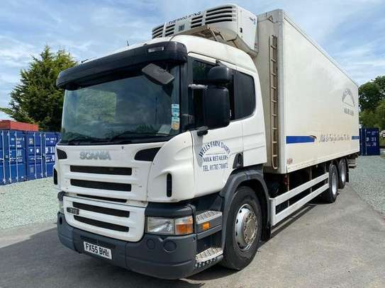 2005 Scania 2005 SCANIA P310 6X2 FRIDGE