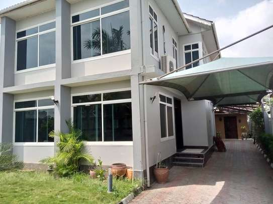 3 bed room house for rent at mikocheni kwa warioba image 9