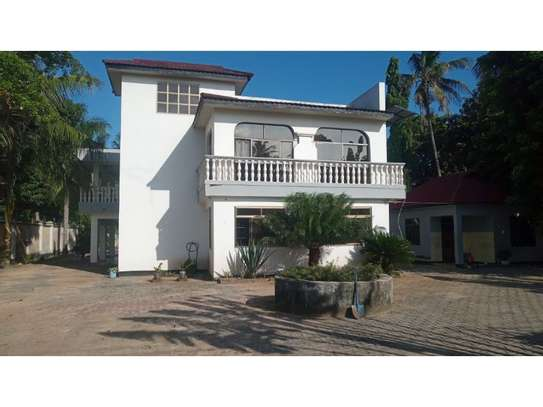 6bed house at mikocheni avacado $2000pm image 5