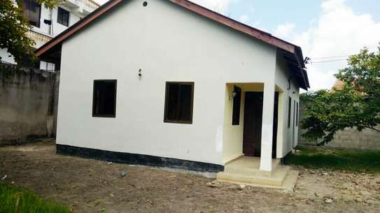 3 BEDROOM STAND ALONE HOUSE FOR RENT IN KIGAMBONI image 2