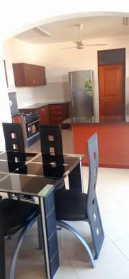 WHAT A BEAUTIFUL 2 BEDROOMS MASAKI APARTMENT TO RENT image 2