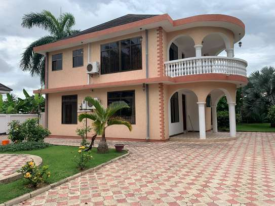 5 Bedroom Fully furnished  at Mbezi Beach image 5