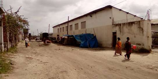yard industrial areas sqm 700, acre 5 for sale at kiwalani image 1