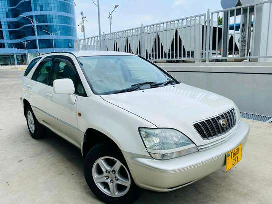 2001 Toyota Harrier image 10