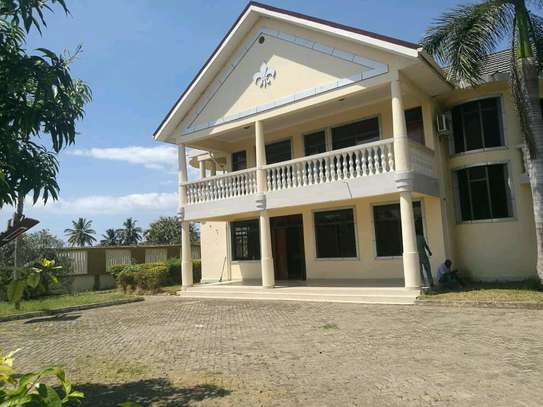 a stand alone bungalow is for rent at mbezi beach near shoppers plaza image 1