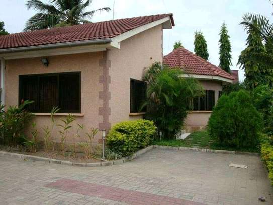4 bed room house for sale at mbei beach africana image 5