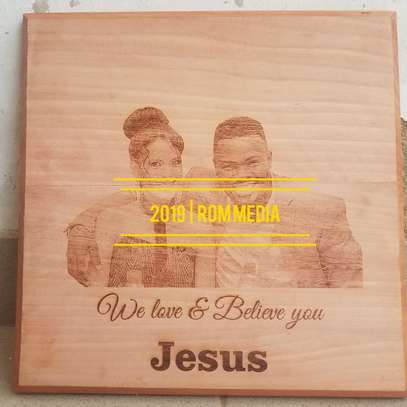 Personalize photos on wood and wall hangings image 2