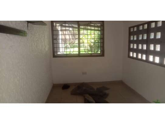 4 bed room stand alone house with gest wing for rent at masaki image 6