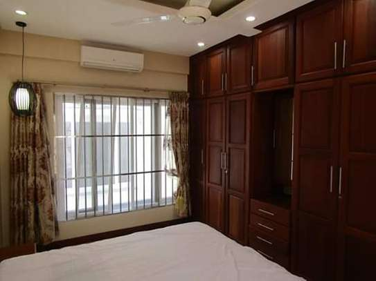 1, 2 & 3 Bedroom Furnished & Luxury Duplex Apartments / House in Oysterbay image 9