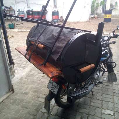 Barrel Charcoal Barbecue Smoker Grill...220,000/= image 2