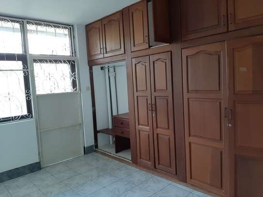 4 Rooms House For Rent image 5