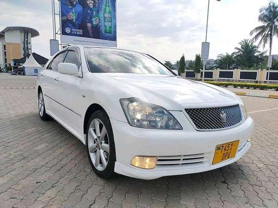 2004 Toyota Crown Athlete image 3