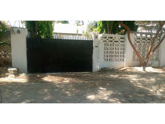 3bed house at msasani  beachside  tsh1m image 6