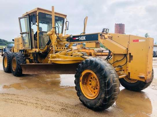 2011 Caterpillar 140K USD 105,000/= FOB image 1