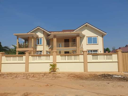 4 bed room house for rent at ununio image 3