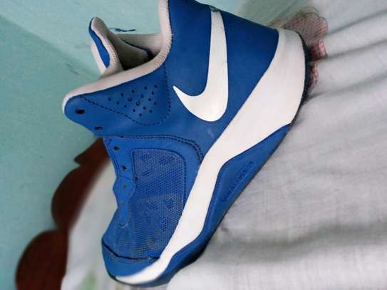 Nike sneakers (Shoes) image 4