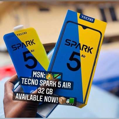"""Tecno SPARK 5 Air GB 32 """"Buy NOW GET FREE COVER !! image 1"""