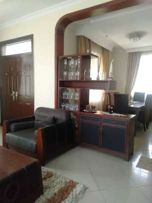 3bed house at moroco  with servant uarter available residance or office image 6