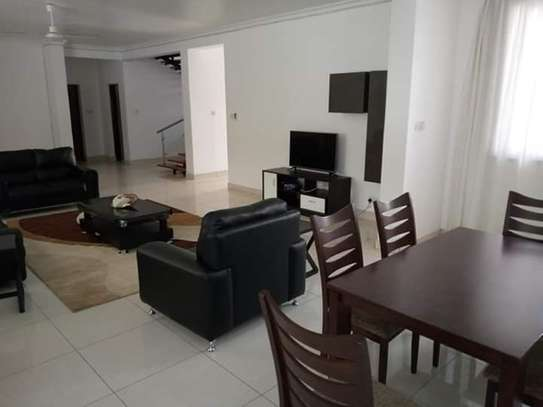 4 Bedrooms Executive Furnished Villa Houses in Oysterbay image 4
