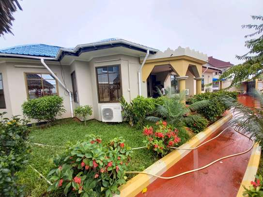 FULLY FURNISHED, STAND ALONE FOR RENT image 1