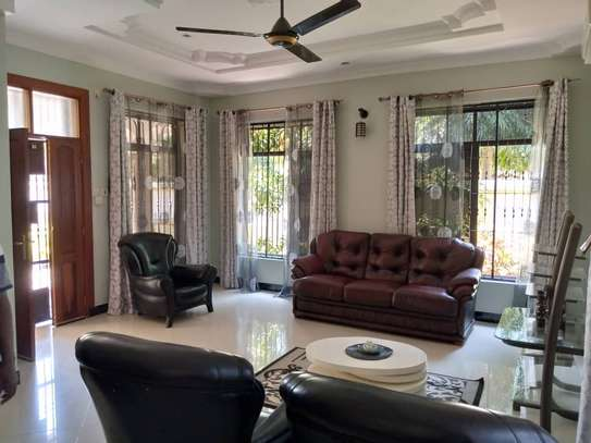 3 Bedroom House Mbezi Beach image 9