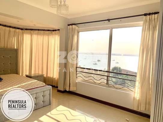 3 bedroom apartment with ocean view image 3