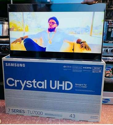 SAMSUNG 43 INCHES image 1