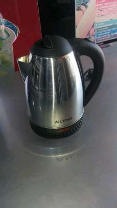 Electric kettle 1.8L image 2
