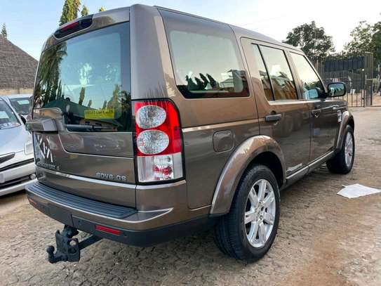 2012 Land Rover Discovery image 4
