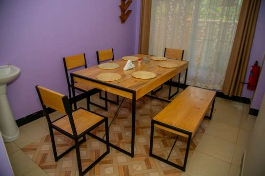 Stylish and cozy 3 bedroom apartment in Arusha image 5