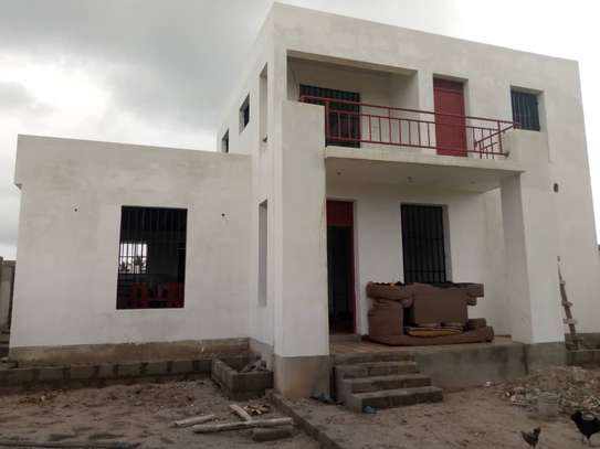 3 bed room house for sale at kigamboni ungindoni image 3