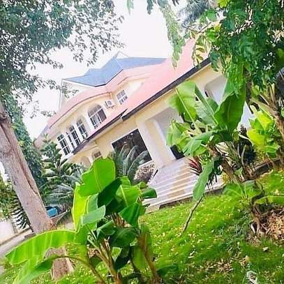 3 BDRM HOUSE IN MBEZI BEACH IPTL SKANSA image 2