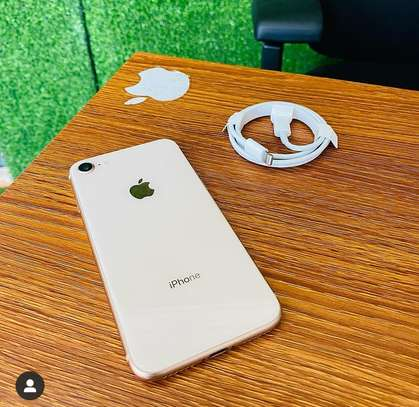 iPhone 8 image 2