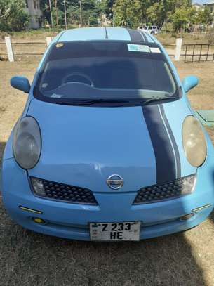2005 Nissan March