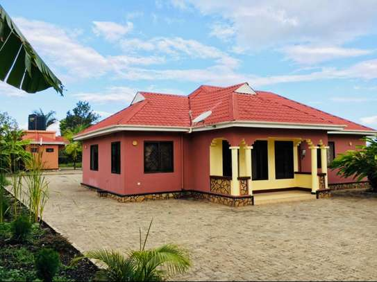 A NICE HOUSE FOR SALE IN ARUSHA. image 2