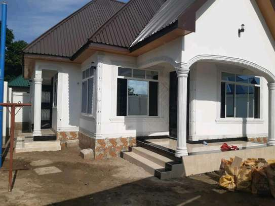 EXCELLENT KIGAMBONI HOUSE FOR 1ST TIME HOMEBUYERS AND INVESTORS image 3