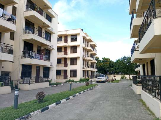 3 Bedrooms apart for rent at masaki image 1