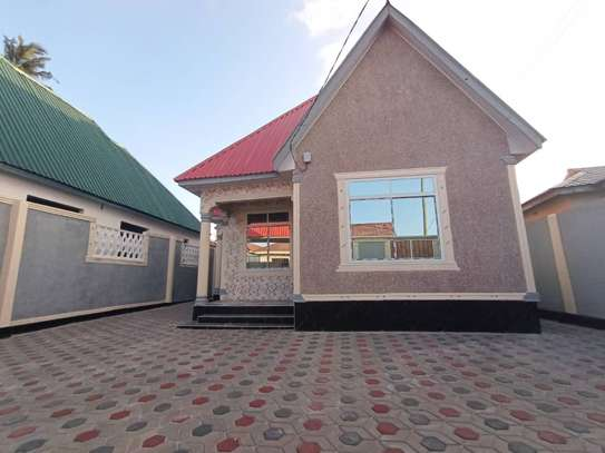 Three  bedrooms stand alone for sale image 1