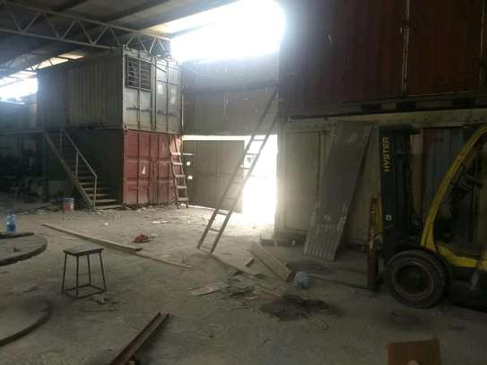 400 SQUARE METERS WAREHOUSE SPACE FOR RENT ON MAIN MBOZI ROAD CHANG'OMBE image 4