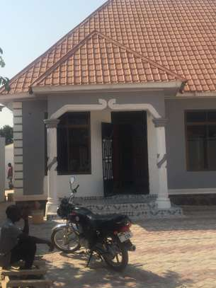 APARTMENT FOR RENT/RESIDENTIAL OR OFFICE USE DODOMA image 5