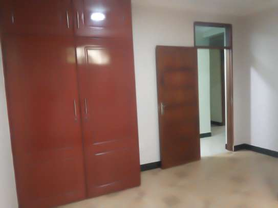 3BEDROOM APARTMENT HOUSE FOR RENT IN NJIRO image 4