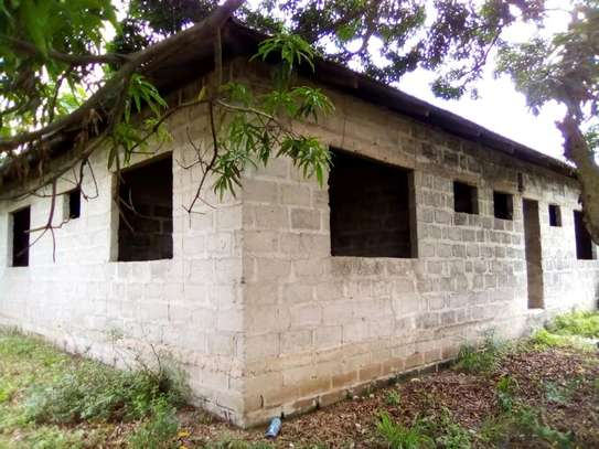 4 bdrms Semi-finished House in a 3000 SQM Plot at Pugu/KigogoFresh image 2