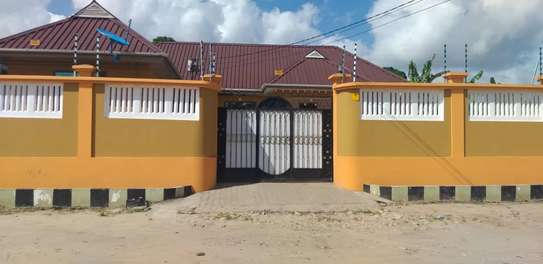 1 bed room studio for rent self container at kinondoni image 12