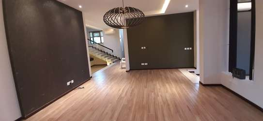 4 Bedrooms Top End Executive House For Rent in Oysterbay image 9