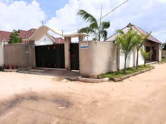 3bedroom house  at madale