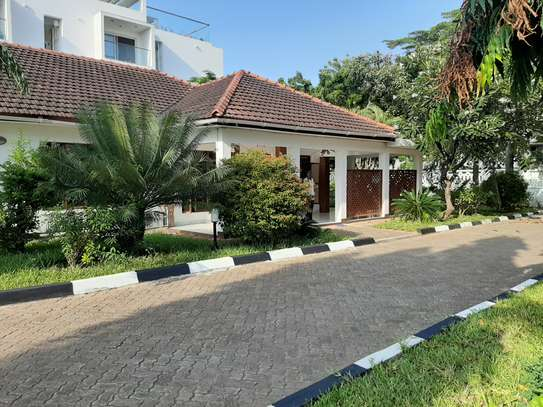 4 Bedrooms House For Rent In Masaki image 5