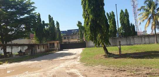 yard and godown 6 acre industrial area  for sale at mbozi road image 4