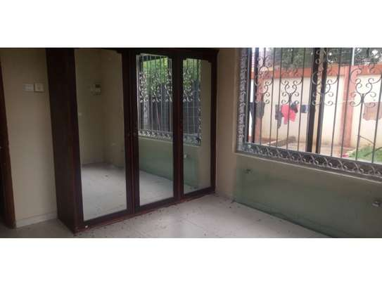 4 bed room beach apartment at kawe beach for rent $800pm image 8